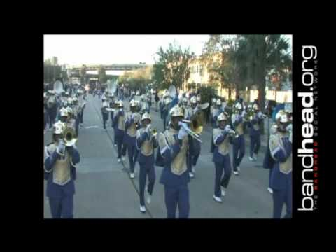"Soohie B. Wright Playing ""Cold Hearted Snake "" During Bayou Classic Parade 2011"
