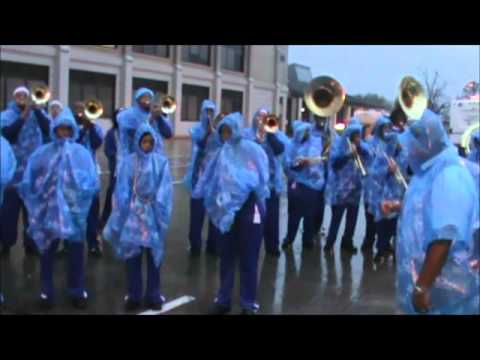 East Nashville Community Marching Band Pre-Parade Battle Krewe of Endymion Mardi Gras Parade