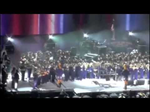 """St. Augustine High School """"Marching 100"""" performs @ 2009 Essence Music Festival"""