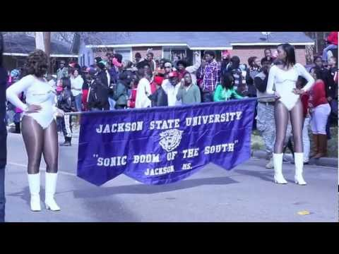 Jackson State University Band Interrupted by JPD man shot @ MLK Parade 2013