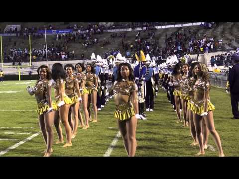 Southern University Human Jukebox Marching In & Out of Boombox Classic X(2012)
