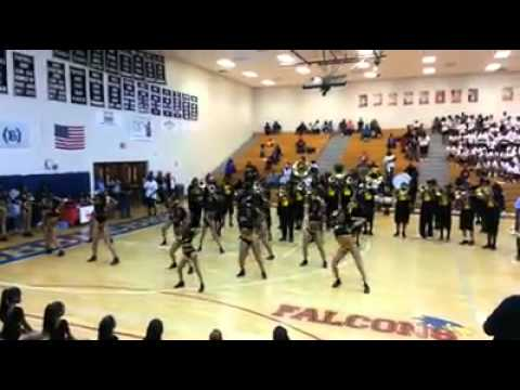 C.S.R.A ALL-STAR BAND P.Y.T Vs. Louisiana Leadership Marching Band i like it/wild flower