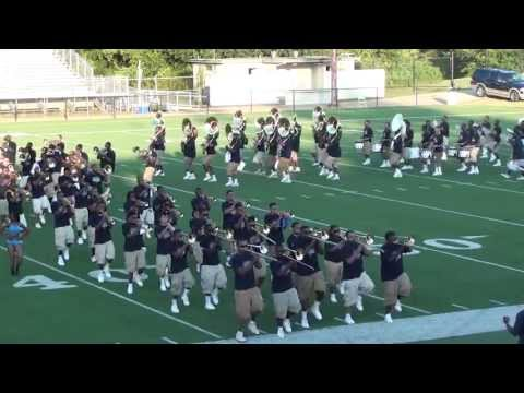 MEMPHIS MASS BAND MARCHING IN BOTB 2013