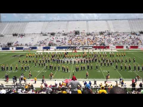 2014 MEAC/SWAC Challenge featuring NCAT's: Blue & Gold Marching Machine