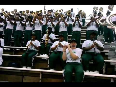 MVSU MARCHING BAND 2014- IM YOUR BABY TONIGHT(UP CLOSE VIEW)