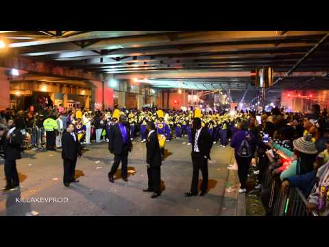 St. Augustine High School Marching Band Under the Bridge @ 2015 Nyx Parade