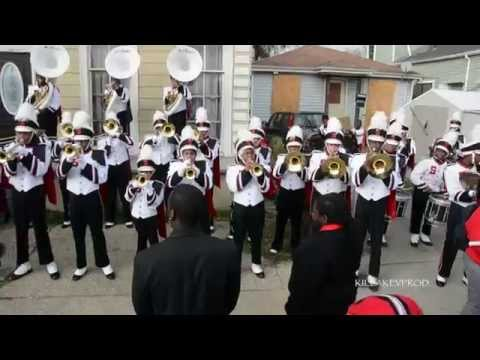 Shaw High School Marching Band - Stronger @ 2015 Bacchus Parade
