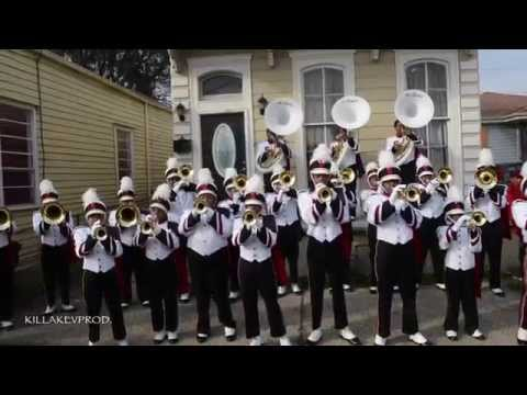 Shaw High School Marching Band - Hoe Check @ 2015 Bacchus Parade