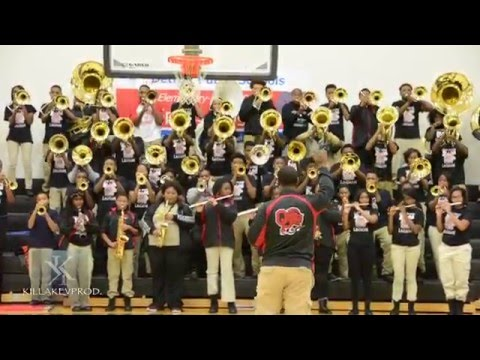 Oak Park High School Marching Band - Flexin' - 2015
