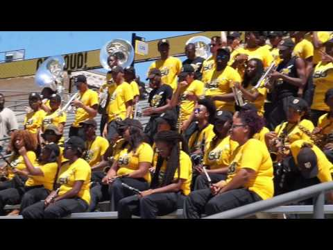 """2016 Black & Gold Game - Mighty Marching Hornets performing """"Jamaica Funk"""""""