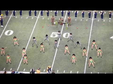 "Blue & Gold Marching Machine ft. ""Golden Delight"" @ 2017 HONDA BOTB"