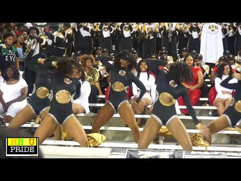 """Alabama State University's """"Mighty Marching Hornets"""" performing Wild Thoughts"""