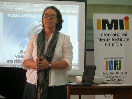 News Writing Workshop at IMII