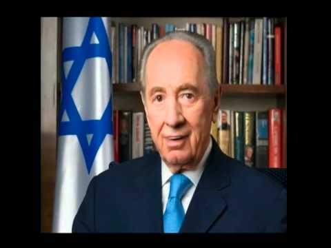 Shimon Peres Handles the Switchboard