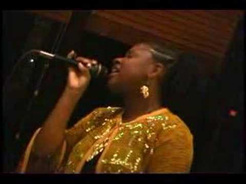 Jackie Jones sings MY FUNNY VALENTINE