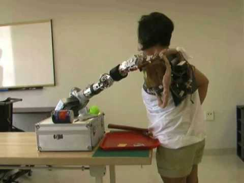 Claudia Mitchell Operates Bionic Arm with her Brain (silent) | Rehabilitation Institute of Chicago