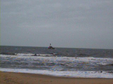 BARGE STUCK ON SHORE FROM NOREASTER IN VA