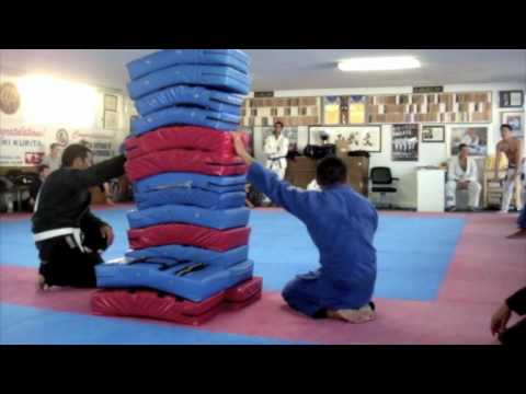 Relson Gracie Jiu-Jitsu Team HK High Jump Challenge!