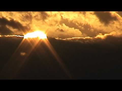 ufo Two Suns In The Sunset  AUG  23 2010 UK