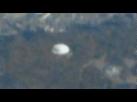 UFO Caught From Airplane - Seoul, South Korea - April 07, 2012