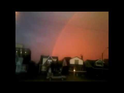 *EYEOPEN* GOVERNMENT TOOK DOWN THIS VIDEO,, HAARP SEEN IN 5 STATES AND CANADA,B. M(T.T)!^2037.flv