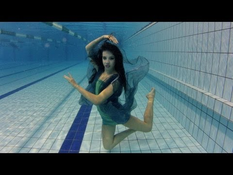 Vízalatti smink és divatfotózás werkfilm | Underwater Fashion Shooting - Behind The Scenes Movie