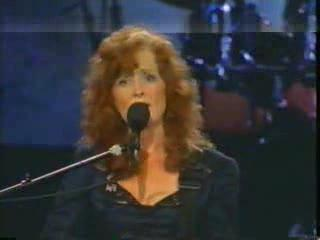 "Bonnie Raitt ""Something To Talk About"""