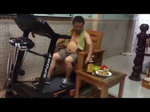 TREADMILL FAIL!!! -Asian Dad (Original Video)