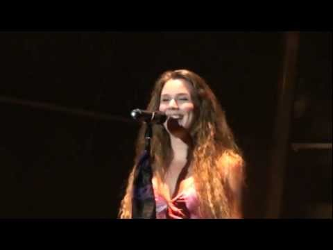 Joss Stone-Tell me what we're gonna do now @ Festival dos Oceanos