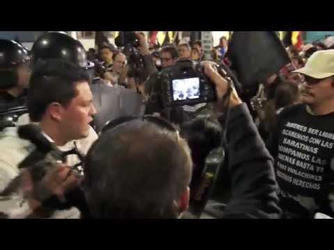 Marcha opositora termina violentamente en Quito