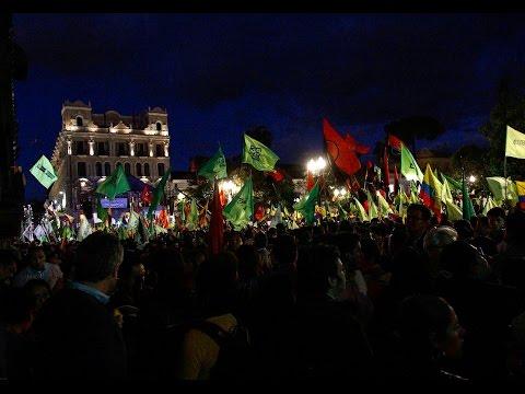 Miles de simpatizantes se congregaron en apoyo al Gobierno