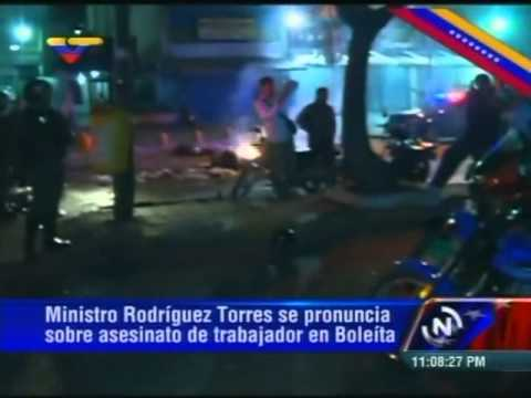 Muere motorizado en Av. Rómulo Gallegos degollado por guaya colocada por opositores