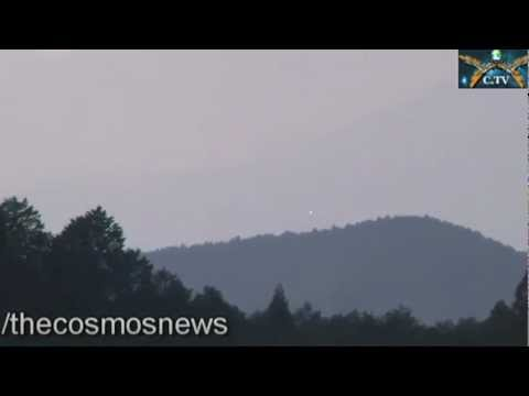 UFO Day Light Video Near Mt.Fuji Japan March 15,2013