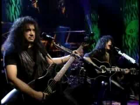 Kiss - Do You Love Me Unplugged