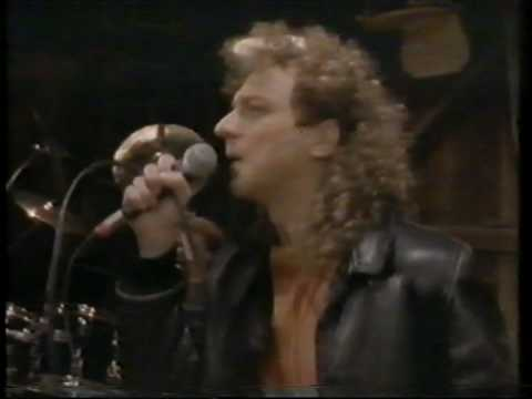 "Lou Gramm - ""Midnight Blue"" - ORIGINAL VIDEO - stereo HQ"