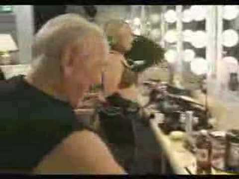 Funny Commercial (old rock stars need beef!)