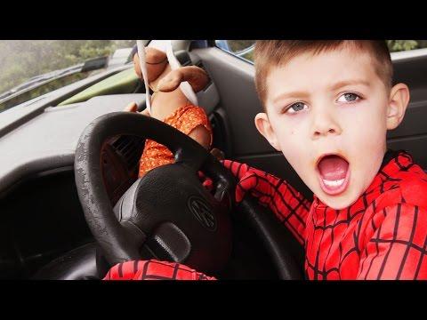 Bad Baby DRIVES Limousine Car w/ Frozen Elsa, Joker Superman Hulk