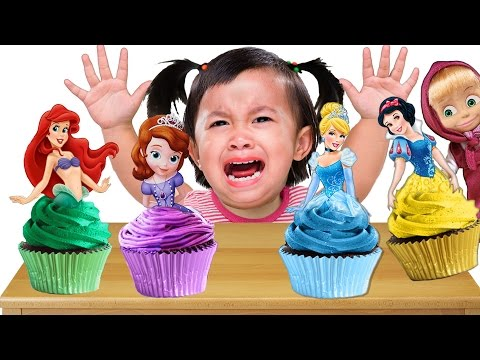 Bad Baby crying & learn Colors with Princess Cupcakes - Colors Song Nursery Rhymes