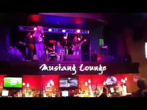 Savannah Rose and Atlanta Burning at the Shooting Star Casino