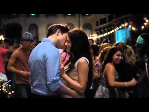 OFFICIAL Breaking Dawn Trailer On MTV Movie Awards (HD) 05.06.2011