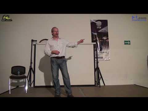 Alejandro González 3/4  en su Conferencia Cultura Cósmica