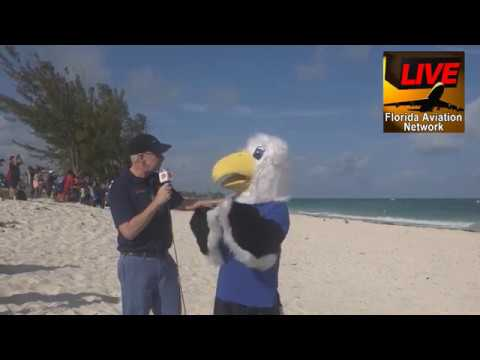 17052001 On the Beach at Grand Bahama Air Show