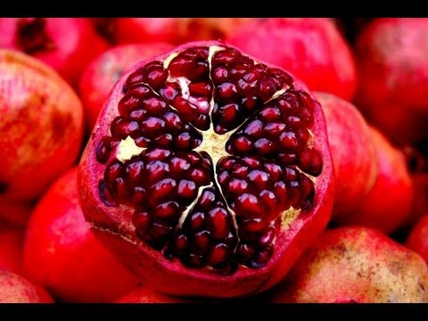 The BEST Pomegranate Technique (No Water Method) Quick Trick