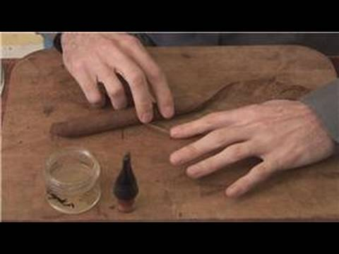 How Cigars are Made : Wrapping a Cigar