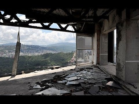 Architektura chaosu - Davidova věž (nejvyšší slum na světě) Venezuela - EN sub