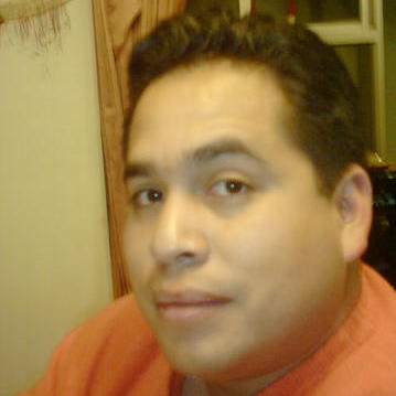 Ernesto Olivares