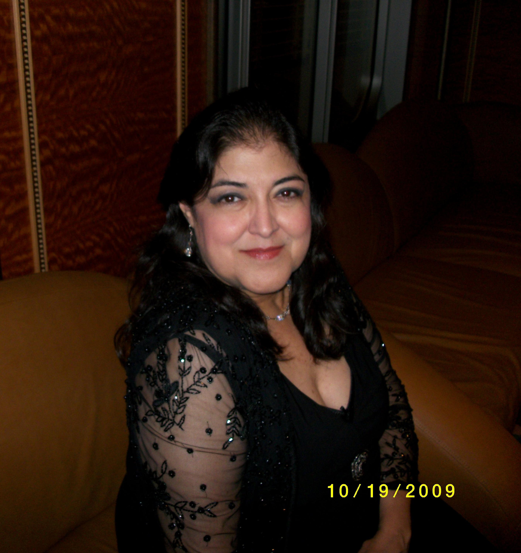 Cristela Garza