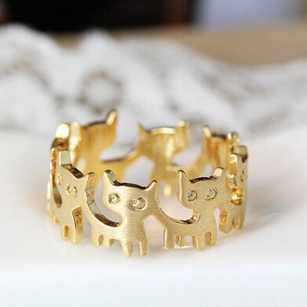 Cats On Merry Go Round Ring