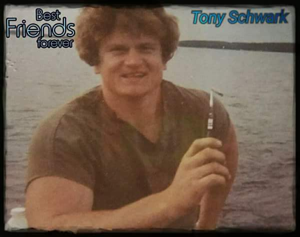 Tony Schwark disappeared December 1986.  He was 25.  I am his baby sister.  31 years without answers. Sad.