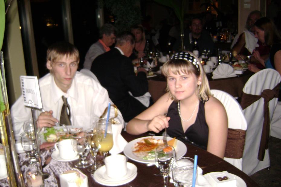 OCTOBER 25, 2008 -- TYLER & COLLEEN FRIESEN'S WEDDING PICS.CAROL-ANNE & GREGORY ENJOYING THEIR FOOD